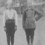 """""""Croquis de Guerre 1914. Types de Tirailleurs sénégalais"""" (Skizze des Krieges 1914. Typen senegalesischer Infanteristen.). Carte Postale, gelaufen im Dezember 1914. Sammlung Detlev Brum."""