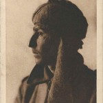 """""""Hindou Mahometan. Gefangenenlager 2. Münster i. W. 1916. Völkertype Nr. 54"""". Ansichtskarte ungelaufen. Sammlung Detlev Brum. Stempelaufdruck Rückseite: """"Gef. L. II. Münster i. W., Abt. VI, Photographie genehmigt""""."""