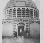 """""""Halbmond-Lager in Wünsdorf-Zossen. Vorhof der Moschee"""". Ansichtskarte, gelaufen als Feldpost im Dezember 1916 von Zossen nach Cöthen (Anhalt). Sammlung Detlev Brum."""