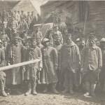 Kriegsgefangene afrikanische Soldaten. Ansichtskarte, ohne Titel. Gelaufen als Feldpost im Juni 1917. Sammlung Detlev Brum.