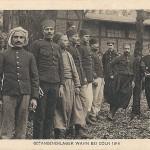 """""""Gefangenenlager Wahn bei Cöln 1914"""". Photogravur, Siegburg. Ansichtskarte, ungelaufen. Sammlung Detlev Brum."""
