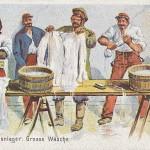 """""""Im Gefangenenlager: Große Wäsche"""". Ansichtskarte, ungelaufen. Sammlung Detlev Brum."""