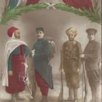 """""""Honneur aux Alliés. Honneur aux Soldats d'Afrique et des Indes"""" (Ehre den Verbündeten. Ehre den afrikanischen und indischen Soldaten). Französische Ansichtskarte, gelaufen im August 1915. Sammlung Detlev Brum."""