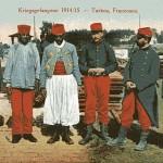 """""""Kriegsgefangene 1914/15 – Turkos, Franzosen"""". Text Rückseite: H. Schanz, Soest. Ansichtskarte, gelaufen als Feldpost im Februar 1916 aus dem Sennelager. Sammlung Markus Kreis."""