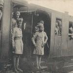 """""""Campagne de 1914-1915. Troupes indiennes se rendant sur le front"""" (Indische Truppen auf dem Weg zur Front). Carte Postale, beschriftet, vermutlich gelaufen in Frankreich, ohne Datum. Sammlung Detlev Brum."""