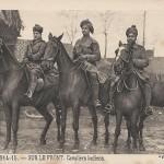 """""""Guerre 1914-1915 – SUR LE FRONT. Cavaliers Indiens"""" (Indische Reiter). Carte Postale, ungelaufen. Sammlung Detlev Brum."""